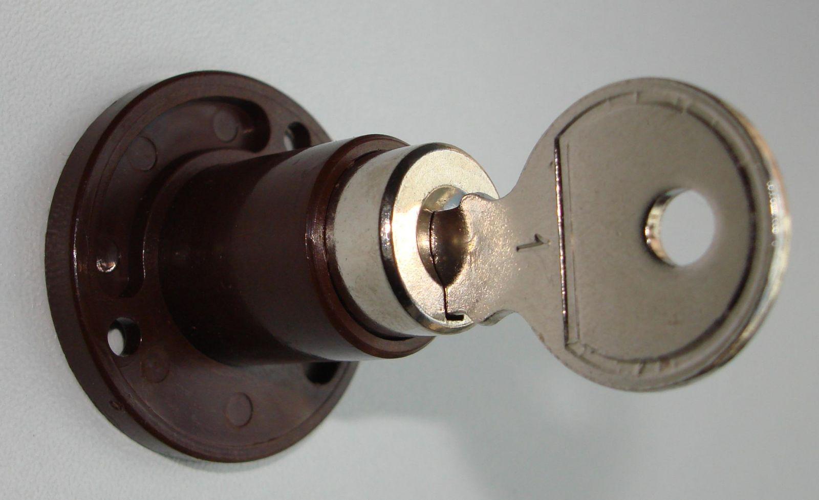 Zylinderschloss Eisenwaren Und Baumaterialien Einebinsenweisheit